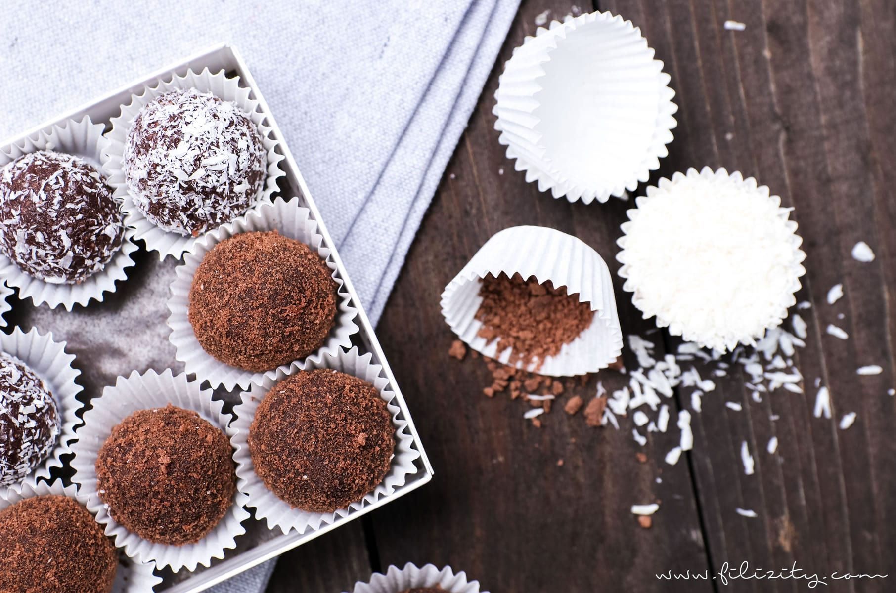 5-Minuten-Pralinen: Rezept für Nutella-Butterkeks-Trüffel mit Kokos | Geschenke aus der Küche | Filizity.com | Food-Blog aus dem Rheinland #nutella #schokolade #pralinen
