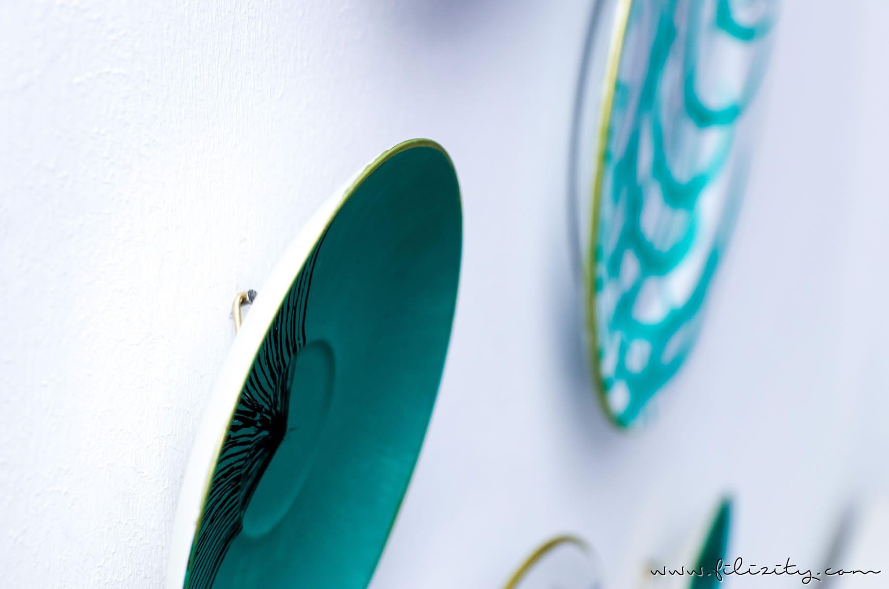 Porzellan bemalen mit PILOT PINTOR - DIY Wandteller im Urban Jungle Style | DIY Deko mit Monstera und Palmen | Filizity.com | DIY-Blog aus dem Rheinland #pilotpen #pilotkreativ #pilotdiy #pilotpintor #pilot