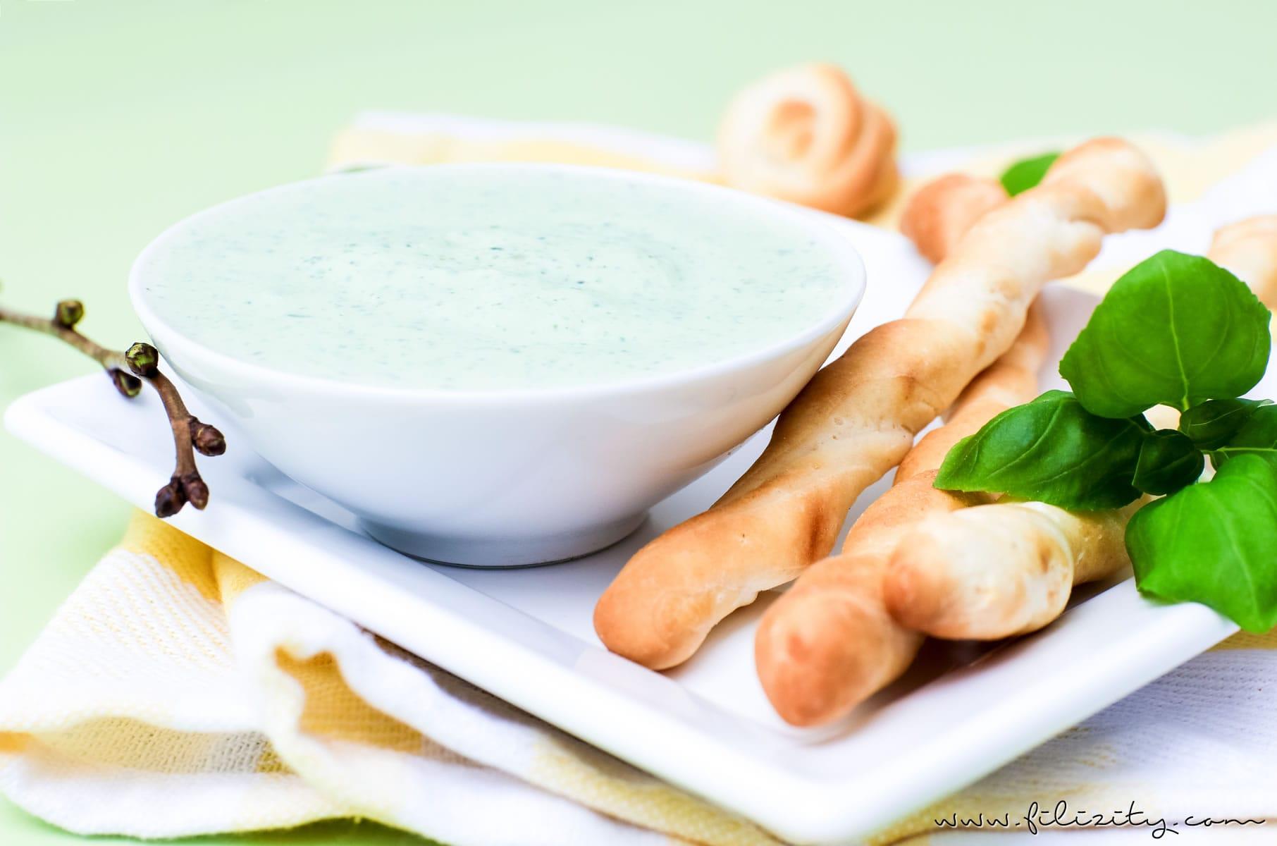 Ricotta Bärlauch Dip Rezept - Für Fingerfood, als Aufstrich oder zum Grillen | Auch perfekt für den Oster-Brunch! | Filizity.com | Food-Blog aus dem Rheinland #bärlauch #frühling #ostern