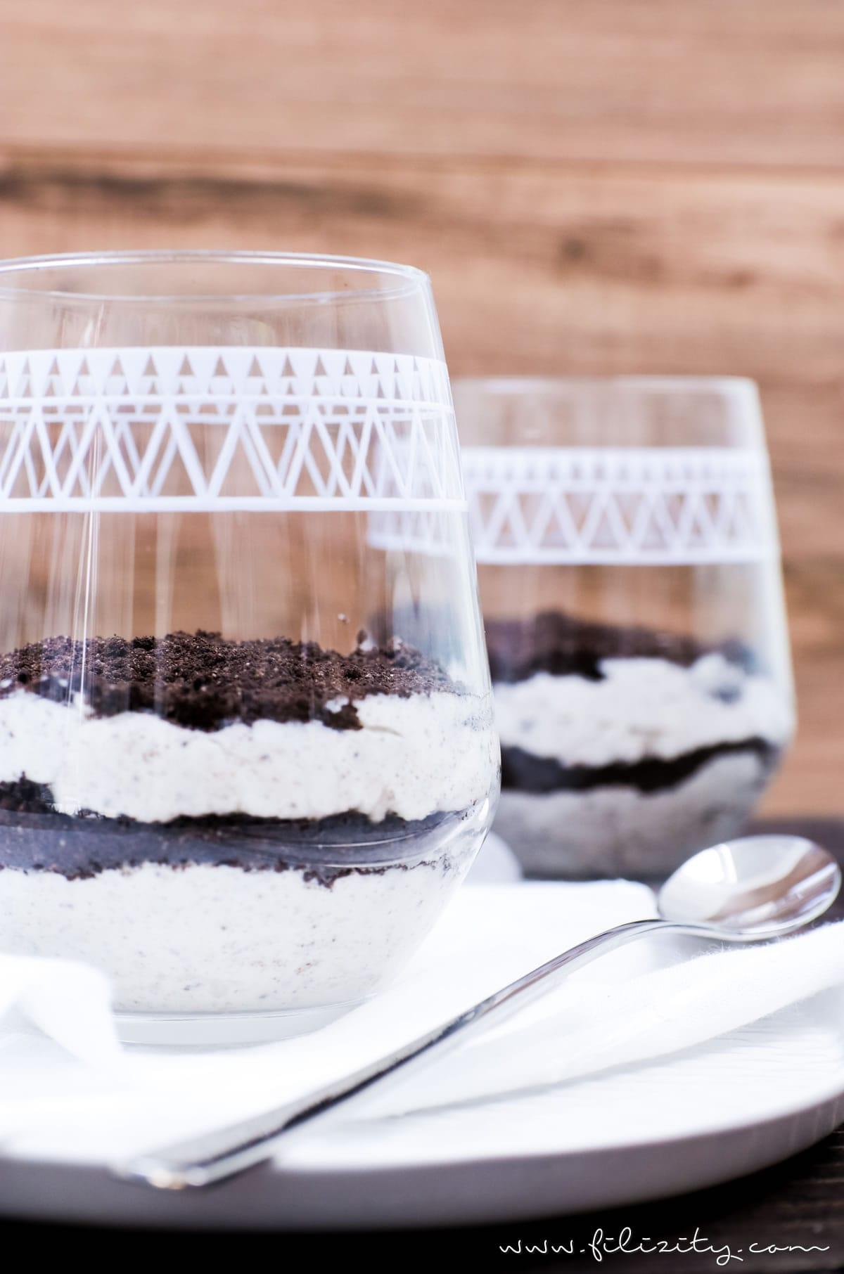 Rezept für No bake Oreo Cheesecake Schichtdessert im Glas | Filizity.com | Food-Blog aus dem Rheinland #oreo #cheesecake #dessert
