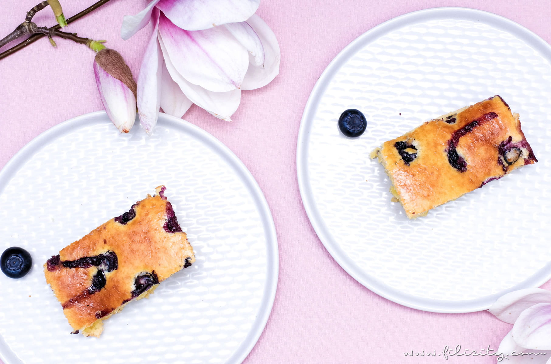 Rezept für Ofen-Pfannkuchen mit Blaubeeren - Zum Frühstück oder als Dessert | Filizity.com | Food-Blog aus dem Rheinland #pancakes #dessert #sommer