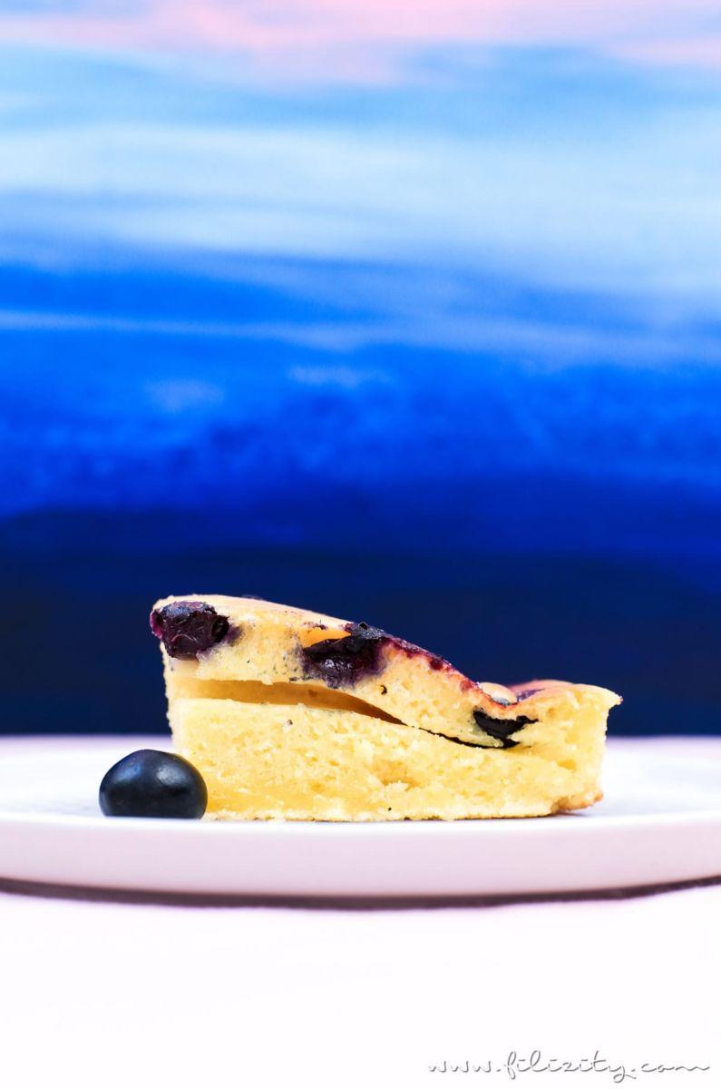 Rezept für Ofen-Pfannkuchen mit Blaubeeren - Zum Frühstück oder als Dessert   Filizity.com   Food-Blog aus dem Rheinland #pancakes #dessert #sommer