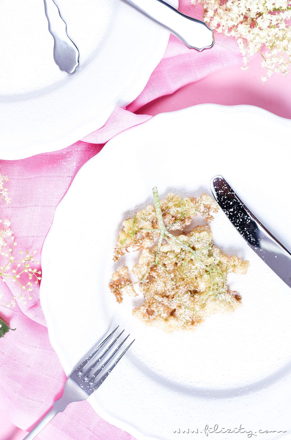 Holunderblüten-Küchlein backen | Einfaches Rezept für Hollerküchlein mit feiner Zitronen-Note ohne Alkohol | Filizity.com | Food-Blog aus dem Rheinland #holunder #sommer