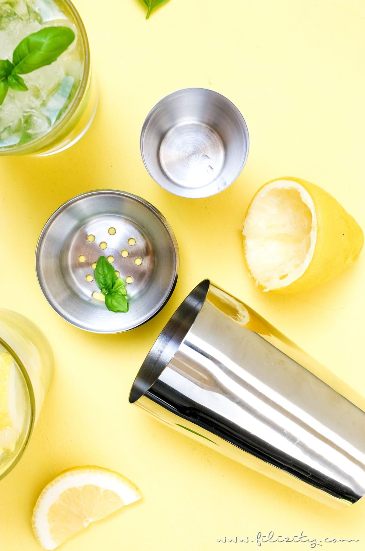 Rezept für Zitronen-Mojito mit Basilikum | Der kubanische Cocktail-Klassiker | Filizity.com | Food-Blog aus dem Rheinland #cocktail #sommer #drink