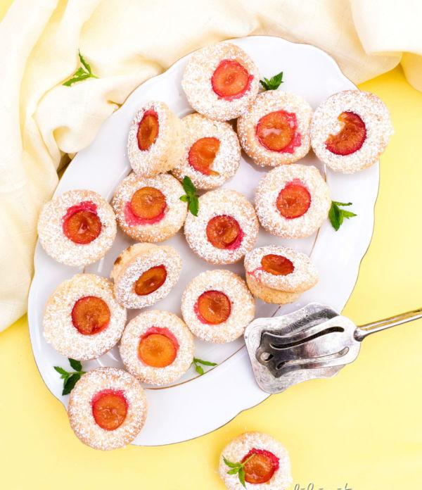 Kirschpflaumen-Muffins mit Kokos – Schnelles Kuchen-Rezept