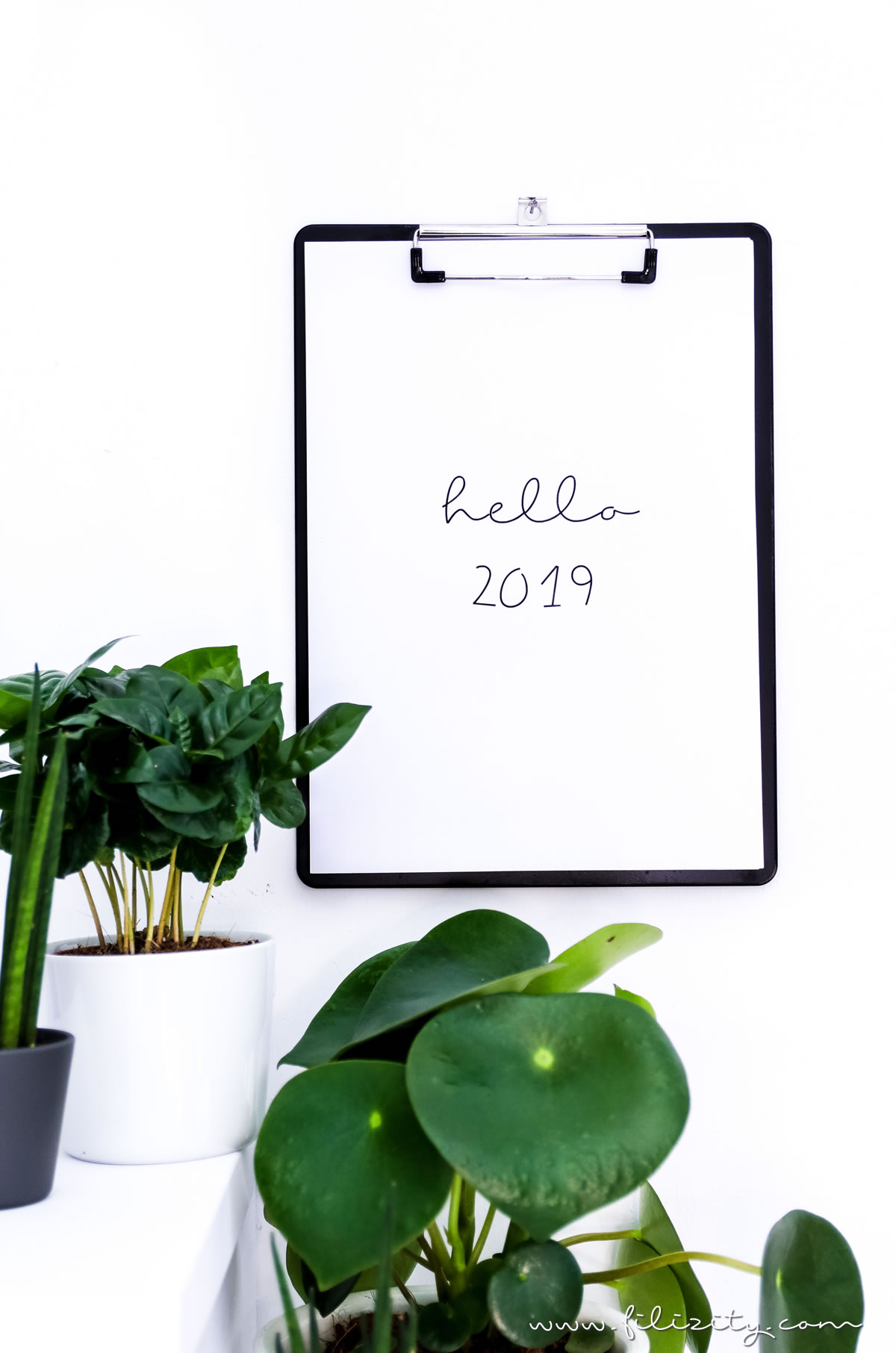 Druckvorlage für den minimalistischen Kalender 2019 (mit oder ohne Feiertage) | Filizity.com | Interior- & DIY-Blog aus dem Rheinland #calendar #kalender #printable