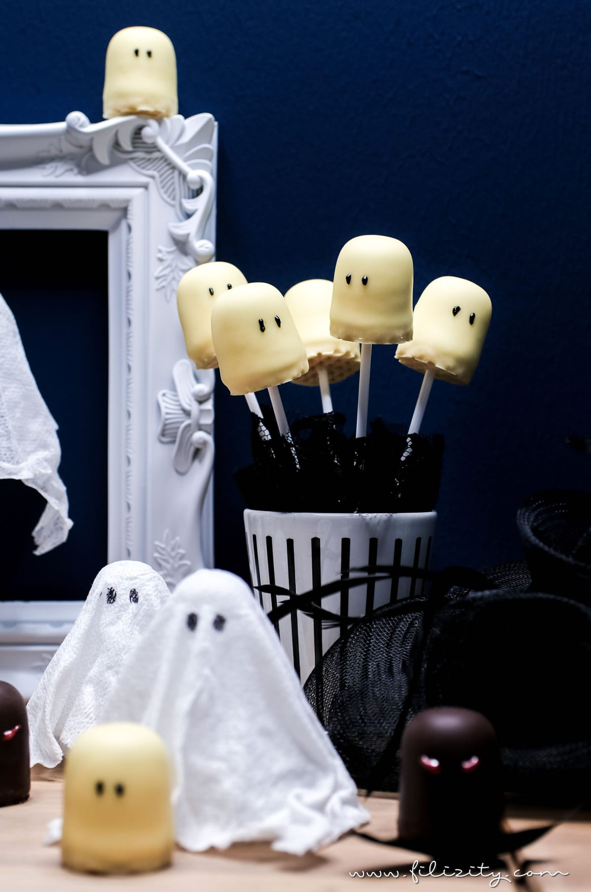 schnelles halloween rezept geister lollies schattenmonster food blog aus dem. Black Bedroom Furniture Sets. Home Design Ideas