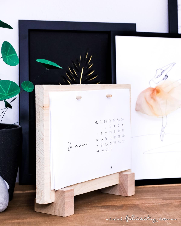DIY Tischkalenderbrett aus Holzresten + Download Minimalistischer Tischkalender 2019 | Stylischer Helfer für deinen Schreibtisch | Filizity. Kreativmagazin & DIY Blog #kalender #2019 #download #printable #minimalistisch