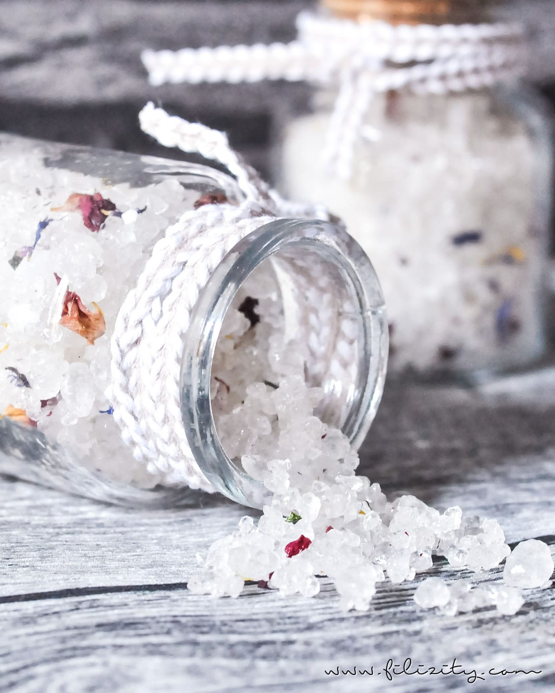 DIY Blüten-Badesalz selber machen - 5 Blogs 1000 Ideen | Filizity.com - DIY-Blog aus dem Rheinland #5Blogs1000Ideen #naturkosmetik